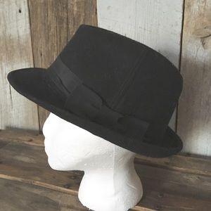 Accessories - Black Wool Ribboned Fedora Hat